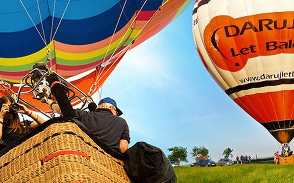 Dobrodružný hodinový let balónom pre 1 osobu