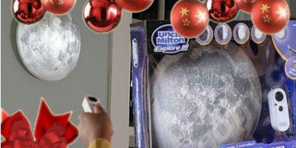 399 Kč za Lampu ve tvaru měsíce. Skvělý Tip na vánoční dárek! Příjemné tlumené osvětlení, které můžete nastavit na fázi měsíce, kterou máte nejraději.