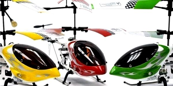 Helikoptéra MAX-Z Swift s LED diodami pro létání v noci a systémem dvojí vrtule.