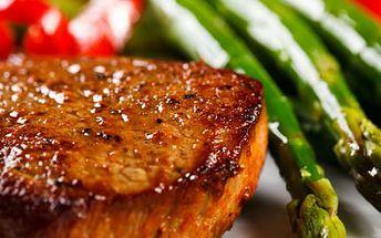 4x 250g steak dle výběru! Vychutnejte si kuřecí prsa, kotletu či krkovici v krásné restauraci!