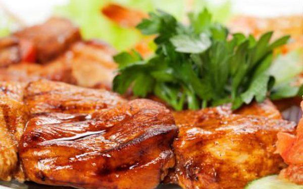 Labužnické prkno! Pochutnejte si na dobrotách! Restovaná krůtí játra, krkovice, hermelín a více!