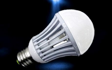 Moderní LED žárovka! Úsporná žárovka do bytu i kanceláře ušetří až 90 % energie!