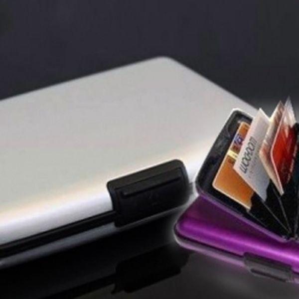 Luxusní kufřík na vizitky nebo kreditní karty za 129 Kč vč. poštovného! Prostorově úsporné, inteligentní, odolné a lehké pouzdro. Praktický nerozbitné a bezpečné! Sleva 74%!