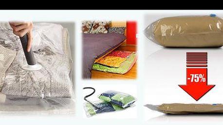 VAKUOVACÍ PYTLE 4 dílná sada XXL se slevou 61%: Chraňte své sezónní oblečení, peřiny, spacáky a jiné textilie před škůdci, vlhkem a prachem. Získejte až o 75% více volného místa ve vašich skříních a komorách.