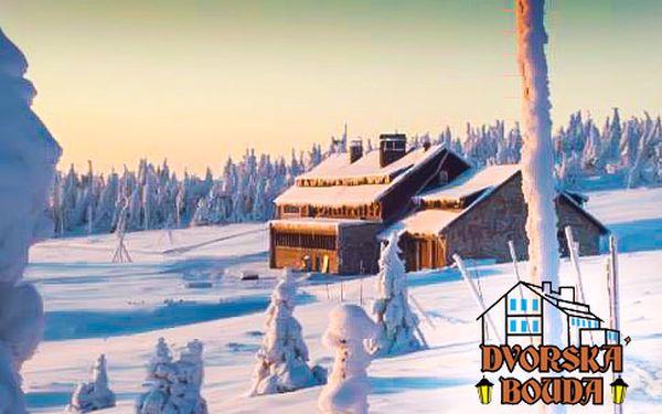 Horská chata na nejvyšším vršku Krkonoš – 2 noci s polopenzí, zapůjčení lyží a sauna v ceně