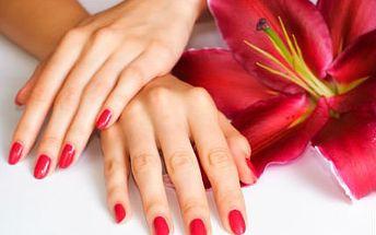 Akrygelová modeláž nehtů! Získejte nádherné barevné nehty na dlouhou dobu!
