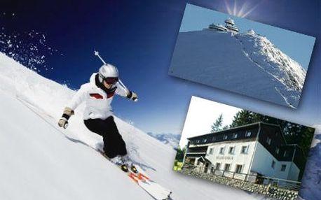 3 dny VE DVOU na horách! Polopenze, láhev vína a možnost výuky lyžování. Přivítejte zimu na horách!