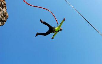 Skočte si bungee jumping! 120 metrů adrenalinu a jedinečného zážitku! Skvělý dárek!