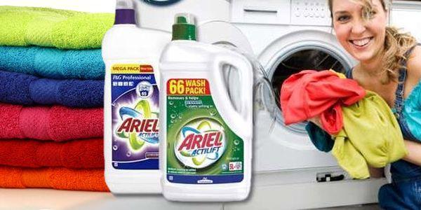 4, 7 l Ariel Actilift™ na bílé nebo barevné prádlo