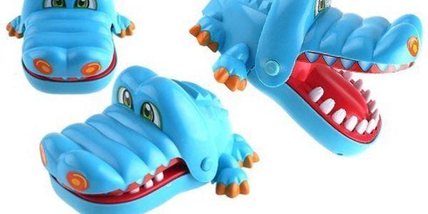 Krokodýl u zubaře hra, zubní lékař krokodýl zoubek