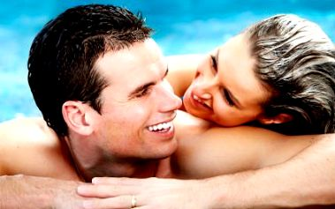 Privátní sauna s vířivkou PRO DVA! Sekt, vonné oleje a ochlazovací bazén. Oslavte už nyní Valentýna!