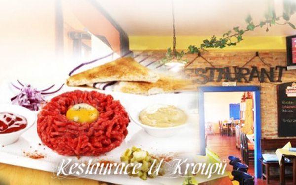 TATARSKÝ BIFTEK 2x 200g pro 2 osoby včetně 10 topinek jen za 210 Kč! Užijte si super baštu v elegantní restauraci s výbornou českou kuchyní se slevou 50%!