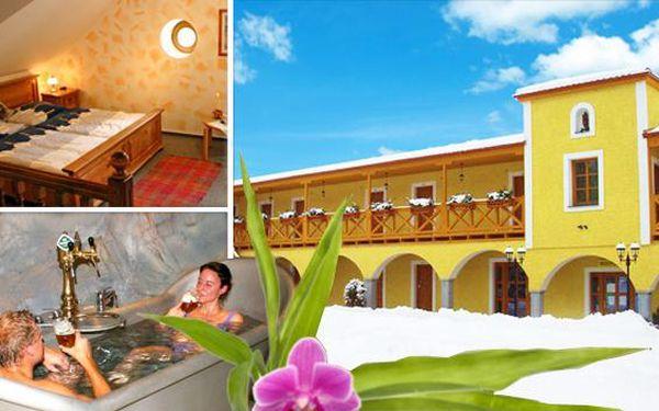 Pivní lázeň u Františkových Lázní a wellness pro dva. Pivní lázeň, římská aroma koupel, sauna zdarma a mnoho dalších wellness možností v 3* hotelu Stein s polopenzí. Darujte sobě nebo blízkým až 4 dny dokonalé relaxace!