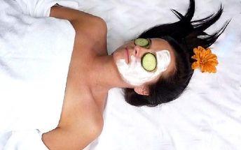 120 minut kosmetického ošetření: depilace, barvení řas + obočí, aktivní sérum, masáž i vypichování milií... Maximálně nadupaná vánoční kosmetika!