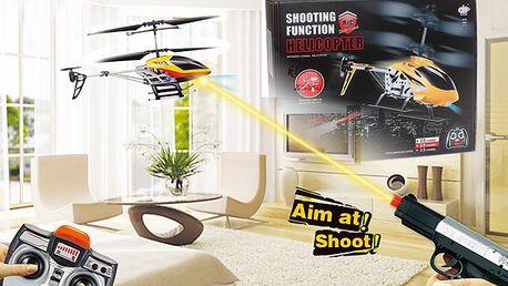 Vrtuľník na diaľkové ovládanie s pištoľou s infračerveným lúčom na zostrelenie.