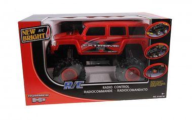 RC Hummer 1:10. Auto je plně funkční, jezdí vpřed, vzad, vpravo, vlevo.