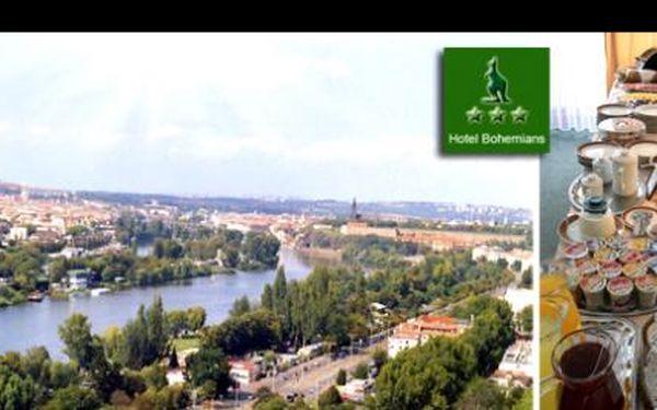 Udělejte si výlet za nejznámějšími českými památkami a vypravte se na dva dny do Prahy. UBYTOVÁNÍ NA JEDNU NOC PRO DVĚ OSOBY vám zajistíme v hotelu Bohemians*** jen za 790 Kč!
