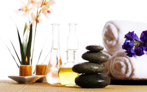 Darujte Balíček tří 60 minutových masáží lávovými kameny nebo číských stresových masáží