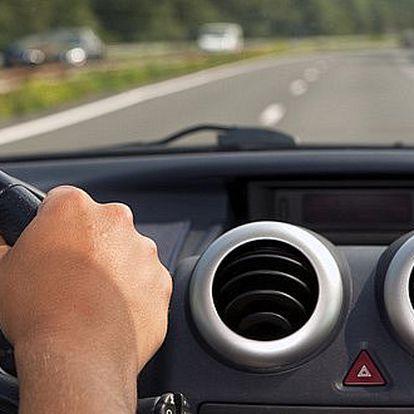 Dárkový poukaz na KOMPLETNÍ SERVIS A PLNĚNÍ KLIMATIZACE. Chladivo, olej, barvivo, dezinfekce, skvělý dárek pro motoristy!