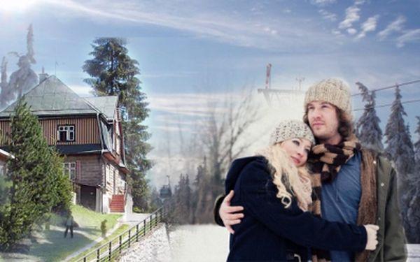 Báječný 4 nebo 8mi denní pobyt s POLOPENZÍ v penzionu Jesenka v Krkonoších již od 1 365 Kč! Užijte si zimu přímo v Peci pod Sněžkou, navštivte safari ve Dvoře Králové a skalní město v Adršpachu!