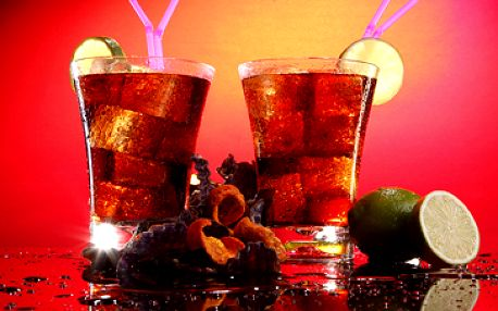 3 litrový párty kyblík Cuba Libre nebo Morgan s Colou až pro 6 osob za fantastických 269 Kč!
