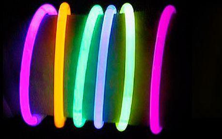Pouhých 115 Kč za 100 ks svítících tyčinek.