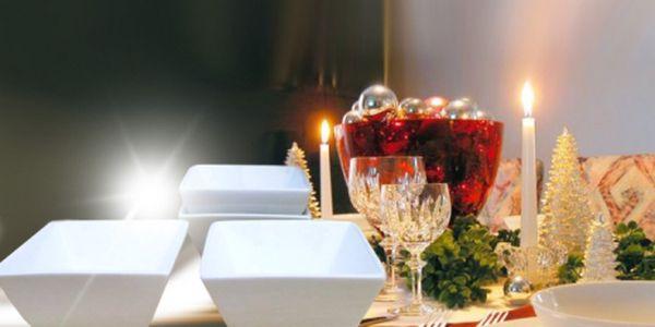 """Elegantní porcelánová sada 6ks hranatých misek """"SQUARE"""" na Vaší štědrovečerní tabuli za skvělých 126 Kč! Vhodné na všechny druhy ořechů, sušeného ovoce, olivy, různé dipy,..! Využijte báječné slevy 50%!"""