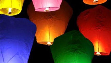 Létající lampiony štěstí! Krásné lampiony v různých barvách - vyšlete svá přání k nebi!