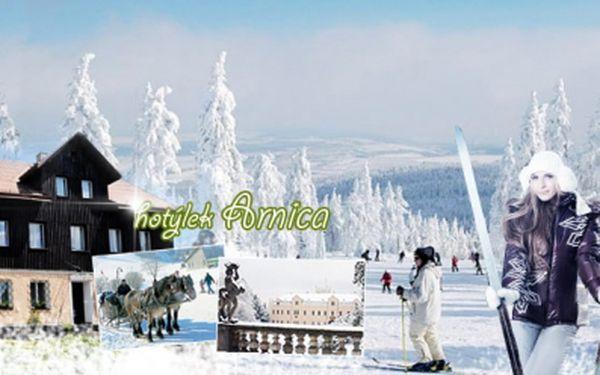 Cenová bomba! Jen 749 Kč za TŘÍDENNÍ pobyt s PLNOU PENZÍ v horském hotýlku Arnica, u Ski areálu KLÍNOVEC! Slevy na vybrané sjezdovky SLALOMÁK a TURISTICKÁ! Kupón je platný do října příštího roku! Sleva 50%!
