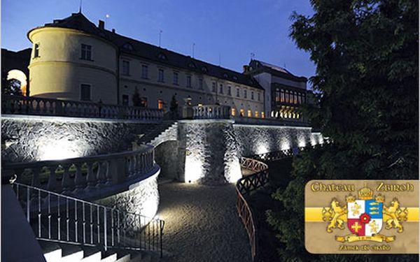 Chateau Zbiroh – romantická noc v luxusu s noční prohlídkou zámku.