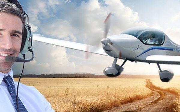 Řízení letadla Zephyr 2000 s instruktáží (20+30 min)