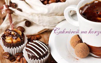 Za 5 € kupón v hodnote 10 € dostanete v Cukrárni na Korze dve horúce čokolády a zákusky, pralinky, káva, čaj podľa výberu k tomu. Príjemné posedenie pod Michalskou bránou s 50% zľavou.