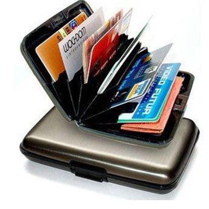 Inteligentní hliníkové pouzdro ALUMA WALLET na uložení dokladů, karet a bankovek v černé, zlaté, stříbrné, červené nebo modré barvě!