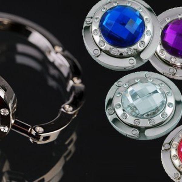 Tři luxusní háčky na kabelku v 7 elegantních barvách - ideální řešení Vám umožní mít kabelku vždy po ruce a vždy bezpečně na Vašich očích!