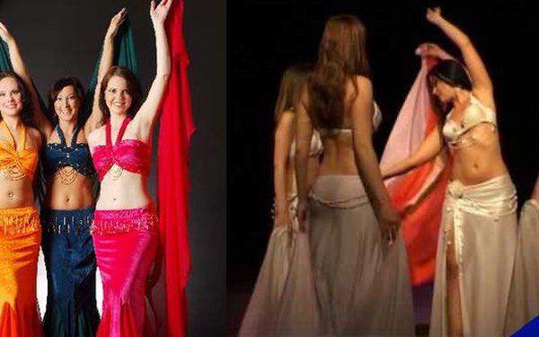Orientální tance - tancujte jako by se nikdo nedíval!Orientální tanec byl původně tanec rodiček, je vhodný pro všechny ženy v každém věku.