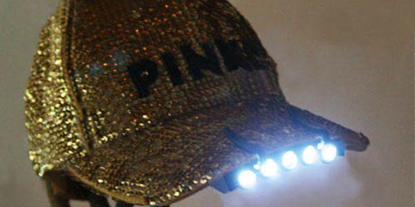 LED světlo na čepici a poštovné ZDARMA! - 725
