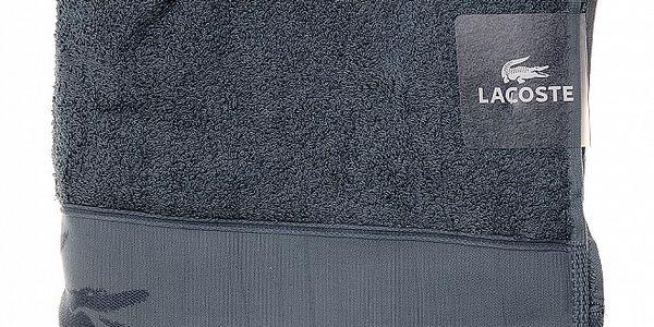 Větší ocelově šedý ručník Lacoste