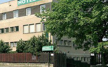Praha: Noc pro dva včetně snídaně v ***hotelu BOHEMIANS JEN za 730 Kč! Udělejte si výlet za NEJZNÁMĚJŠÍMI českými památkami!