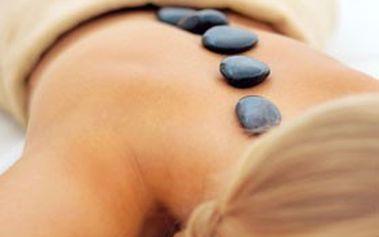 Praha: Hodinová masáž těla lávovými kameny v salonu LUSIEN! Božské uvolnění celého organismu