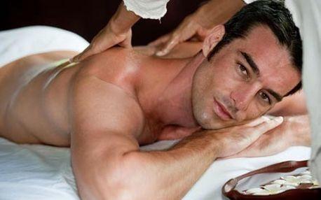 Hodinová lázeňská péče pro muže. Bylinná parní lázeň BAOBAB s chiromasáží a uvolňující masáž zad nebo nohou.