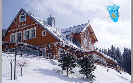 Krkonoše, Pec pod Sněžkou. Chata Šohajka zve na pobyt pro 2 osoby a 3 noci s polopenzí. Lyžařský areál SKIPEC jen 700 m!