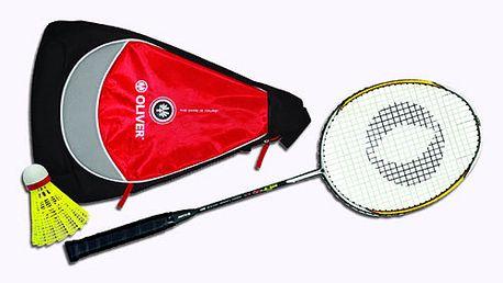 Badmintonová lahůdka: Lehká karbonová raketa OLIVER včetně batůžku a míčku! Universálka vhodná i pro pokročilé hráče.