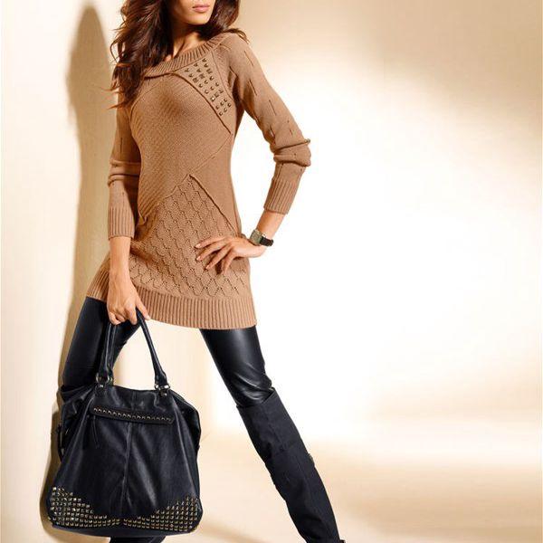 Pletený trendy svetr, který zalichotí vaší postavě.
