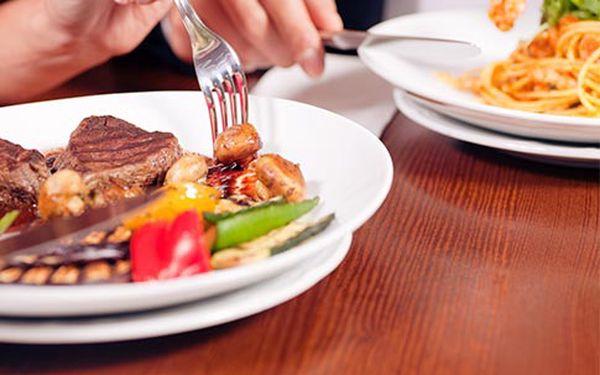 Vykupón v hodnotě 700 Kč na jakékoli jídlo a pití v restauraci U ztracených klíčů