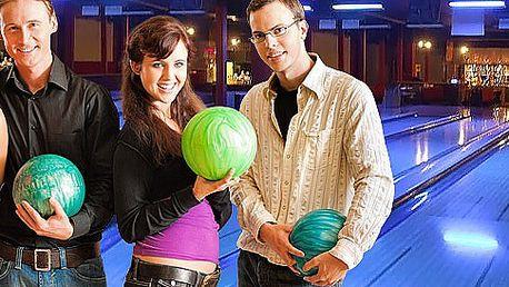 Celá hodina bowlingu až pro 8 hráčů
