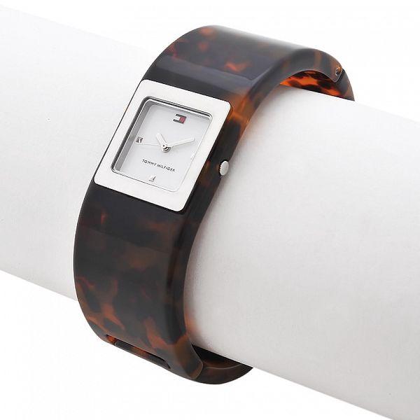 Dámské hodinky Tommy Hilfiger s želvovinovým náramkem