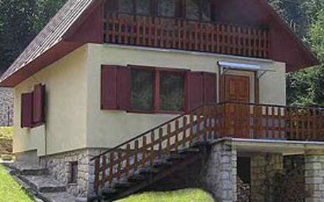 4denní nebo 6denní pobyt až pro 7 osob v horské CHATĚ POD MAGUROU v krásné přírodě Strážovských vrchů na Slovensku!