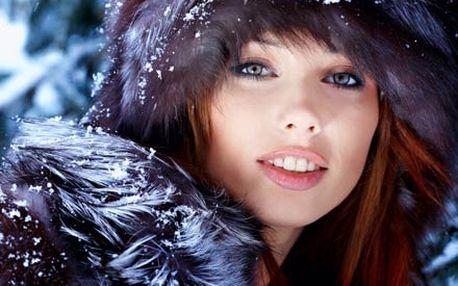 Zimní hodinka krásy ve Studiu Visage. Dokonalé spojení péče o pleť v zimním období a líčení.