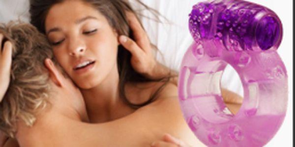 Vibračno-erekčný krúžok len za 3,49€ vrátane poštovného. Využite zľavu až 56% a spestrite si Váš intímny život! NAVIAC AKCIA 2+1 ZDARMA!