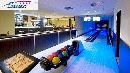 Užite si večer plný zábavy s partiou pri bowlingu. Hodina Bowlingu spolu s požičaním topánok teraz po 50% zľave len za 6 €.